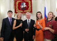 Ivan Ukhov. With the mayor of Moscow Sergey Semenovich Sobyanin, Anna Chicherova, Svetlana Shkolina and Yevgeniya Kolodko